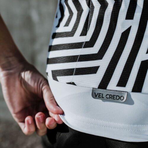 Kieszonka rowerowa w koszulce Velcredo