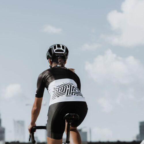 Koszulka rowerowa dla niej od Velcredo