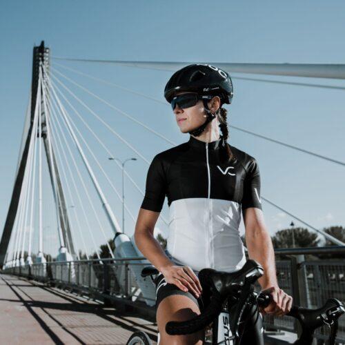 koszulka rowerowa od velcredo dla niej